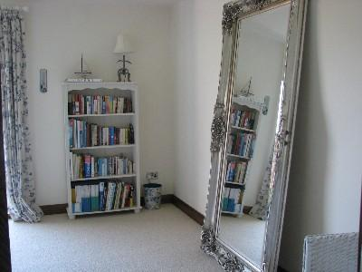 King Bedroom with a selection of books for you to while away the hours.....
