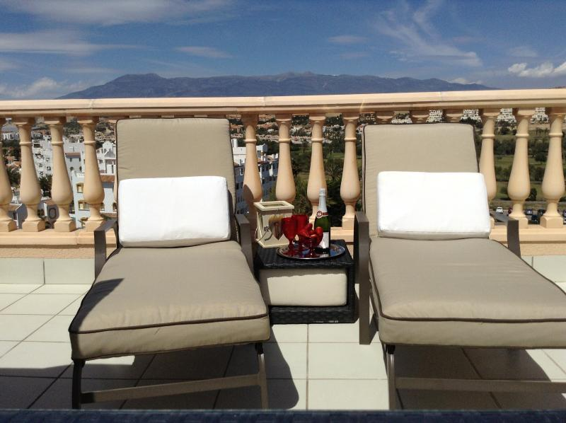 Quality loungers for relaxing on the roof top terrace!