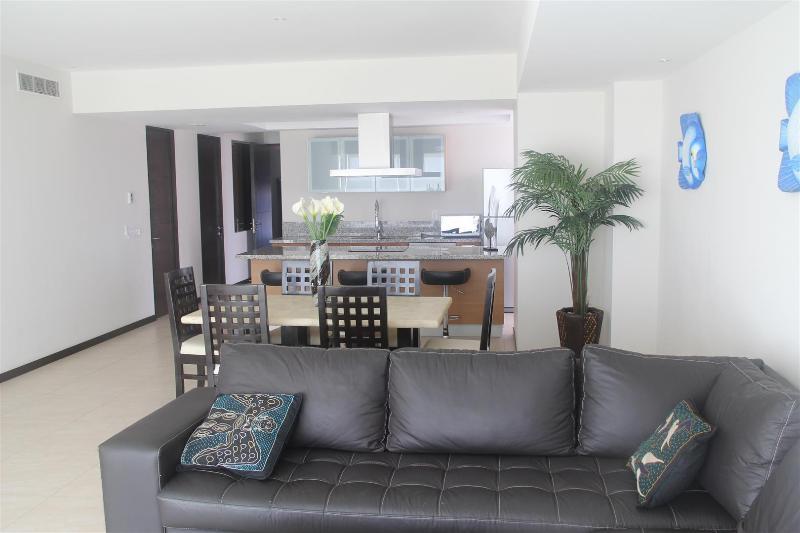 Sofa sectionnel en cuir confortables