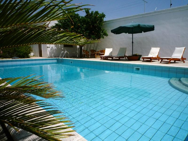 Villa Rosa,  villa with pool, A/C, and free wifi located in a seaside village, vacation rental in San Pietro Vernotico