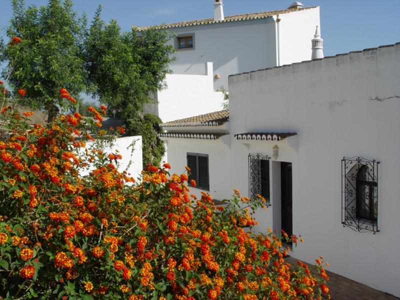 Casa Tingu, holiday rental in Bordeira