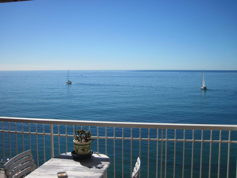 Chateau St Louis: French Riviera holiday studio with terrace and sea view, vacation rental in Peille