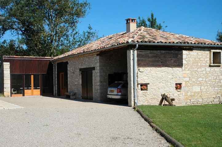 beautifully restored Bacquies barn