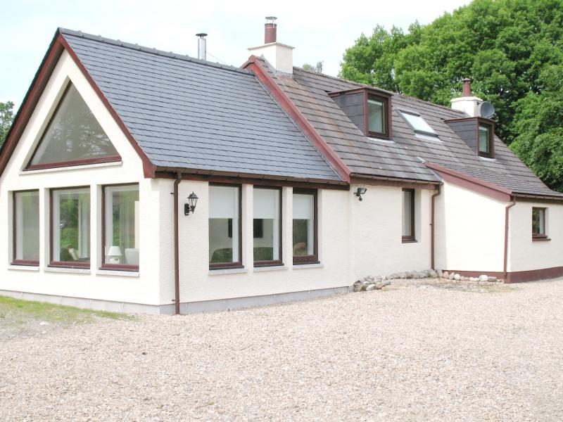 Coille Diobhain Cottage, Ferienwohnung in Fort William