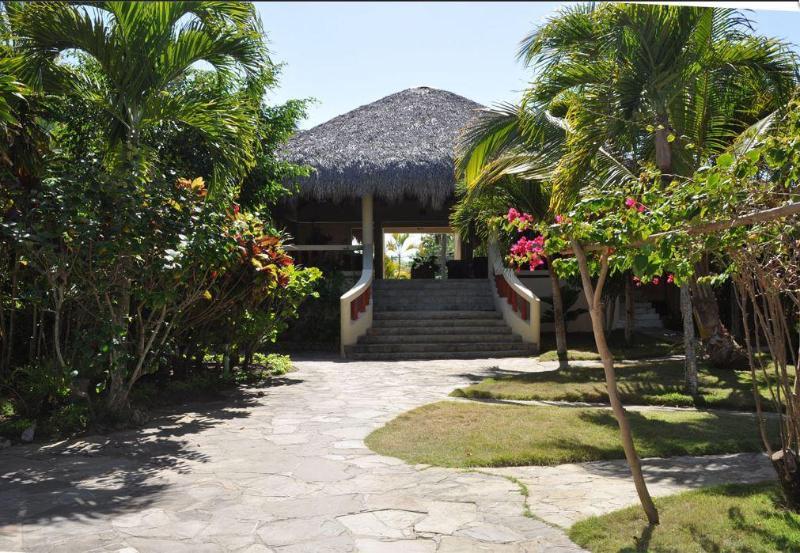 Resort entrance (1)