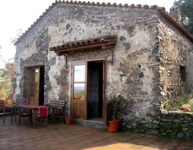 A perfect Andalusian retreat.  Cottage with spectacular views over the sierra's.