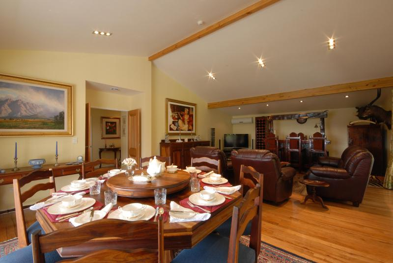 Luxury Accommodation  Bay of Islands New Zealand with excellent views., holiday rental in Rawhiti