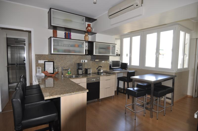 Fabulous well stocked kitchen and outdoor BBQ on the veranda