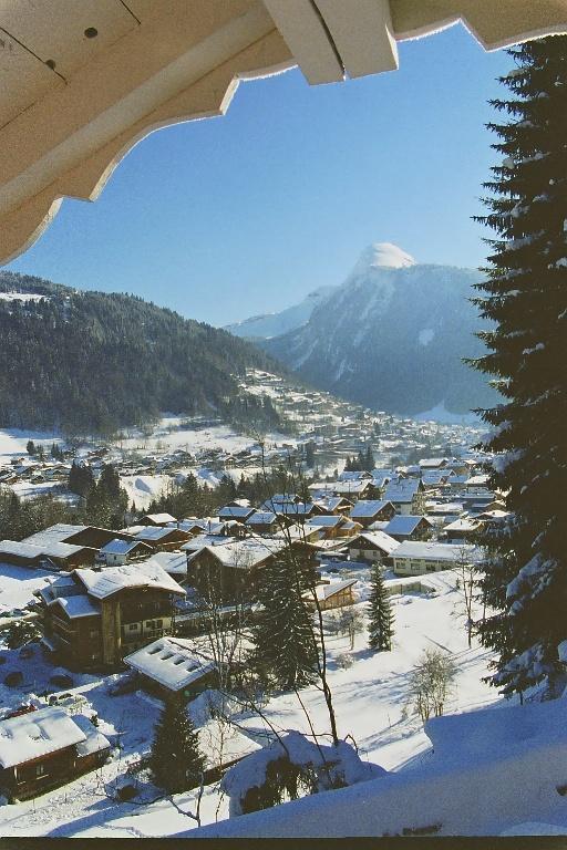 Vue de Morzine en hiver