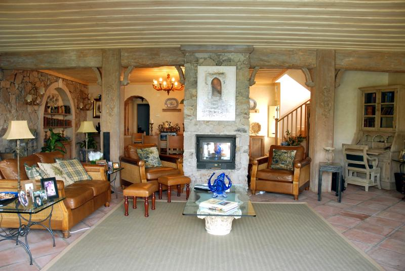 Sitting room towards dining area