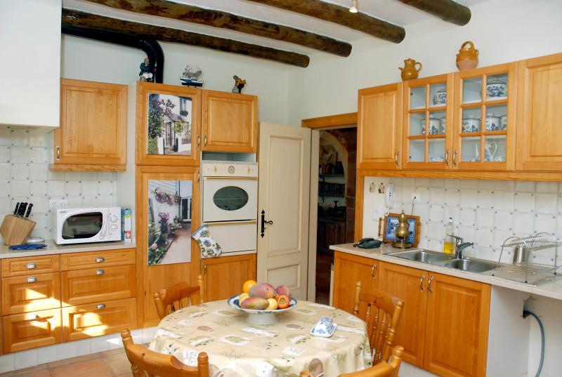Kitchen towards door to dining area