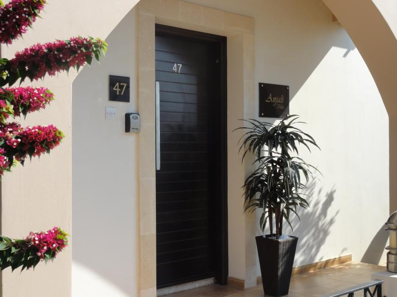 Welcome to Anjali Villa