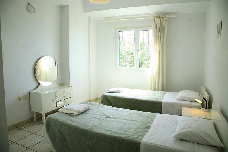 Zweibettzimmer mit A / C