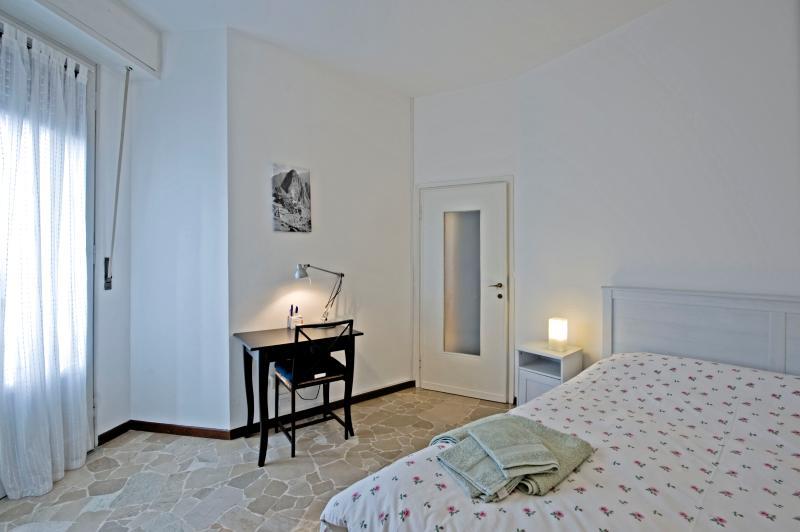 Casa Vacanza Chiesarossa- ideale per famiglie, holiday rental in Locate di Triulzi