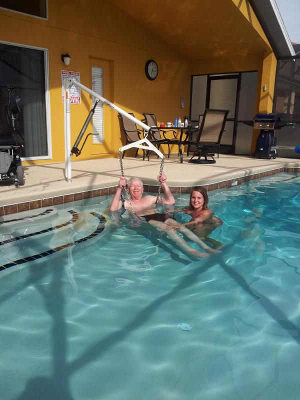 La piscina può essere facilmente accessibile agli ospiti disabili
