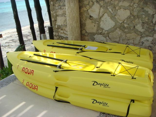 Free kayaks to explore the bay or go snorkeling.
