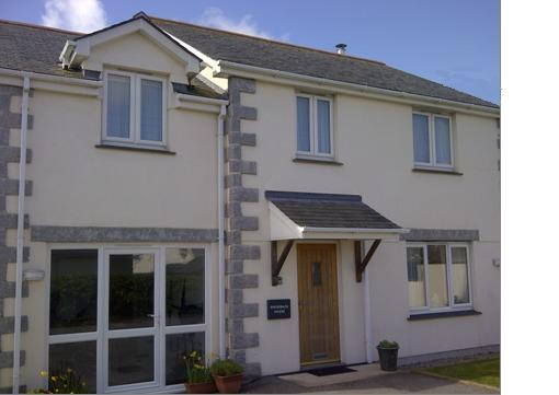 Ridgeback House a Holiday Home for all the family, vacation rental in Mullion