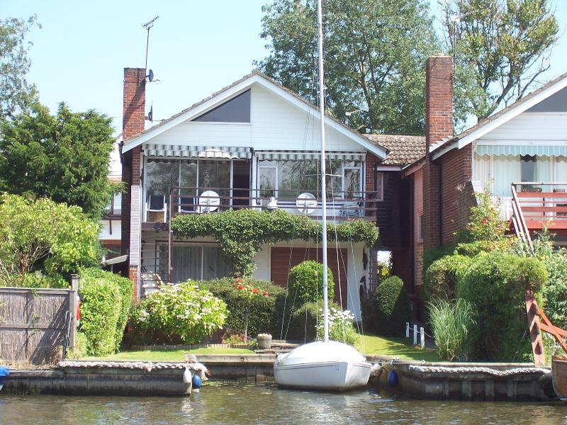 Anchor Lodge from riverside