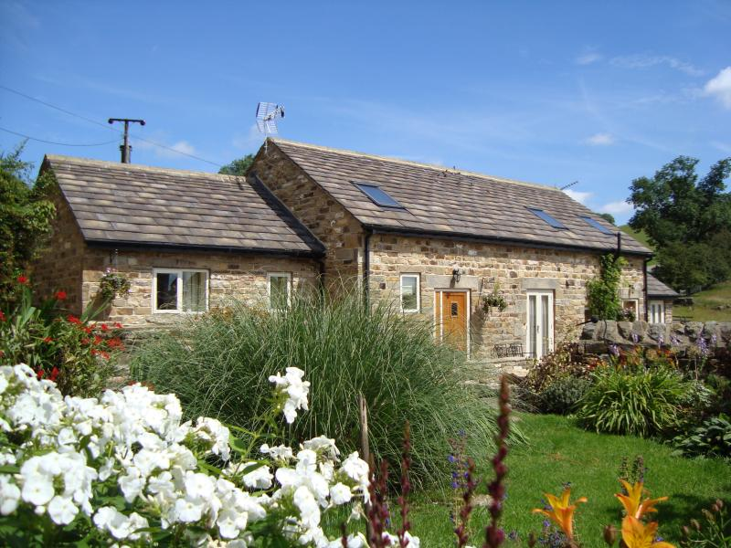 Exterior view of Bramble Cottage