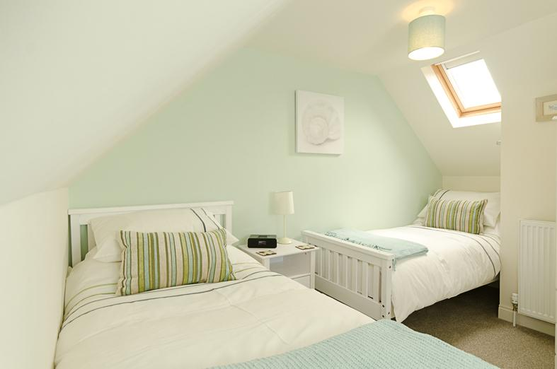 The twin room with two single beds