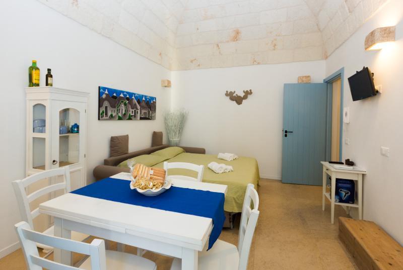 Divano Letto Castello Sydney.Don Franco Updated 2020 1 Bedroom House Rental In Polignano A