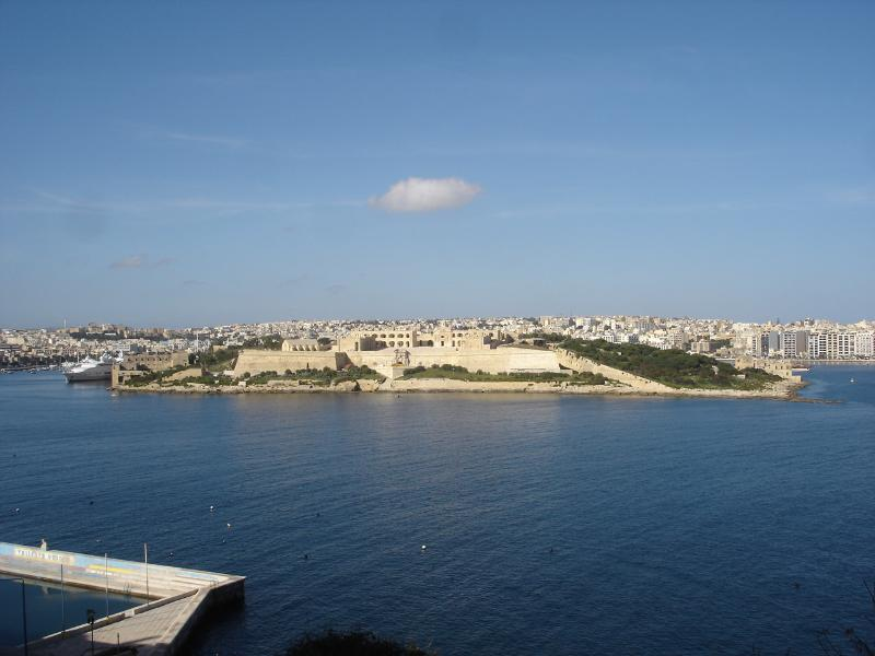 Stunning 180 degree sea views, including the historic beautifully restored fort on Manoel Island.