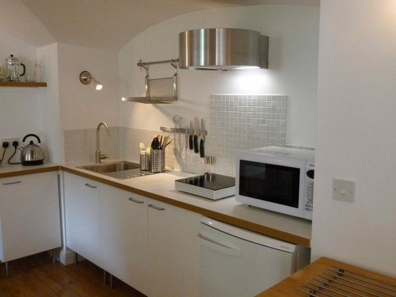 Well-equipped kitchen with quality appliances