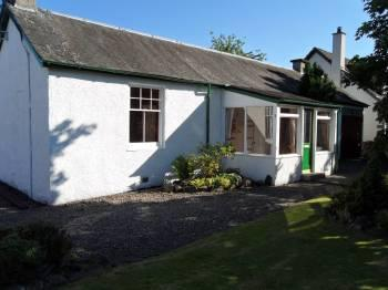 Detached 2 bedroom cottage