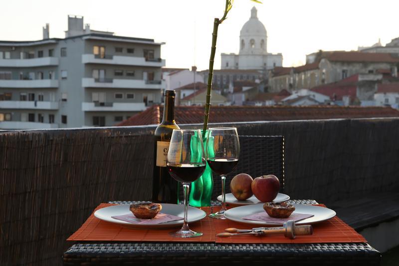 Terrasse avec vue sur le Panthéon National, parfait pour profiter des repas en plein air