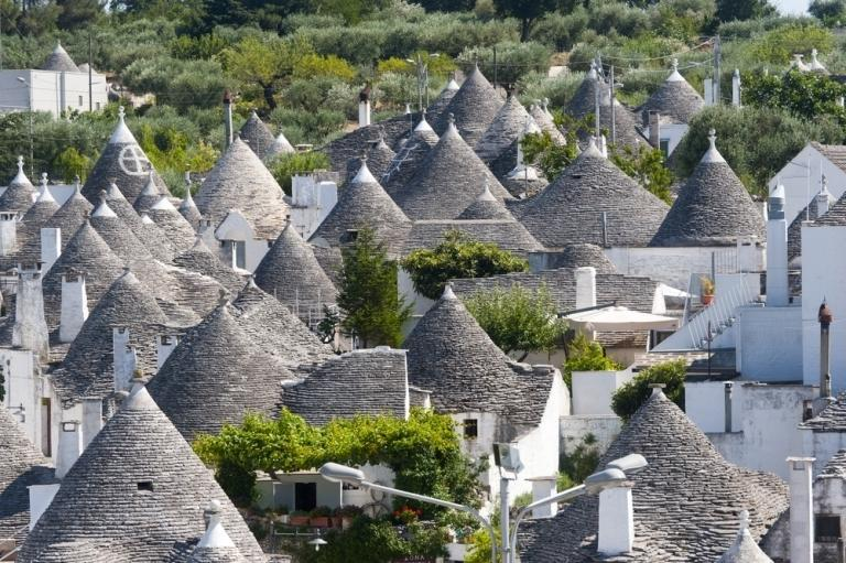 UNESCO heritage site Alberobello just 20 minutes