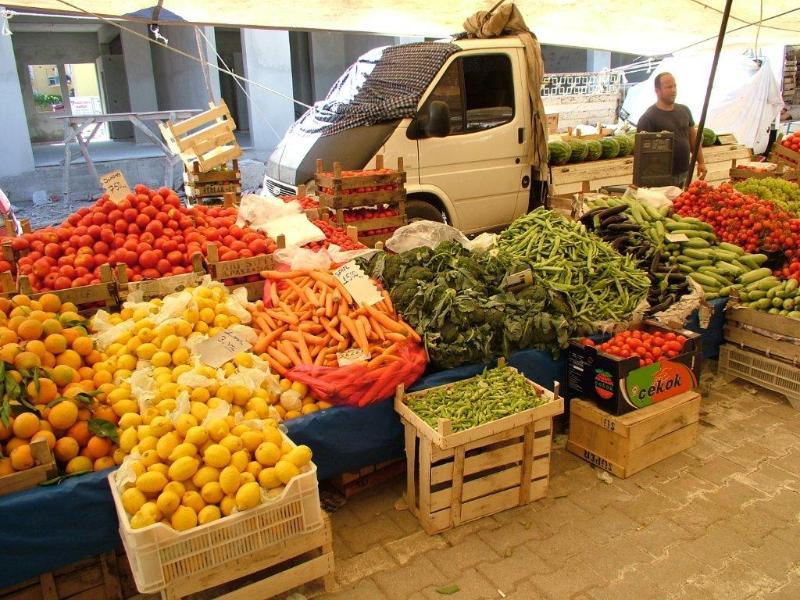 Fresh produce at the nearby Saturday Market.
