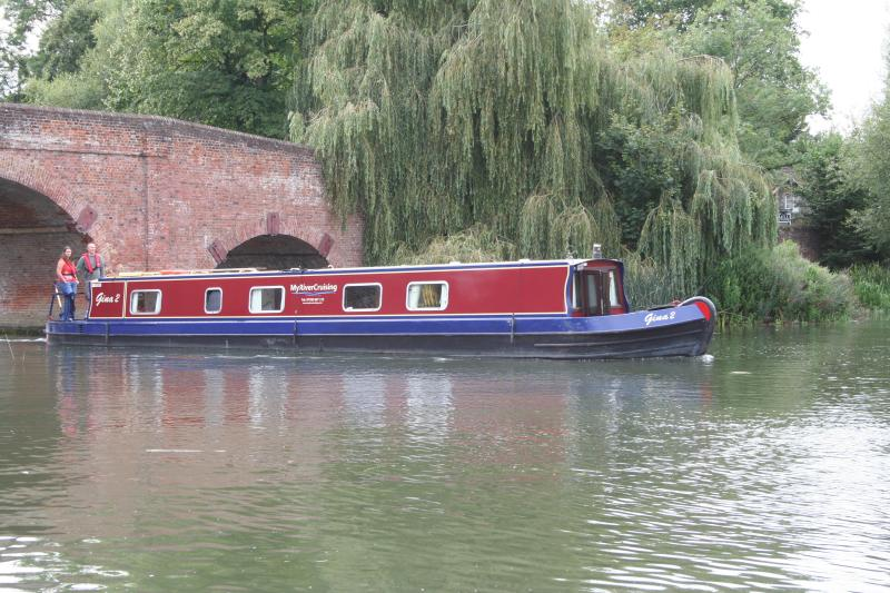 Enjoy the freedom of a narrowboat holiday on luxury Boat Gina 4 star