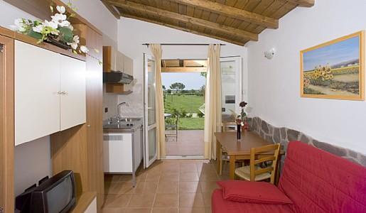Casotto di Venezia Villa Sleeps 4 with Pool and Air Con - 5228888, holiday rental in Principina Terra