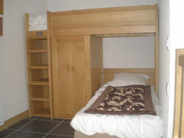 Alcove with Bunkbeds