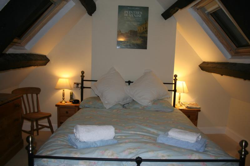Cosy bedroom under the eaves