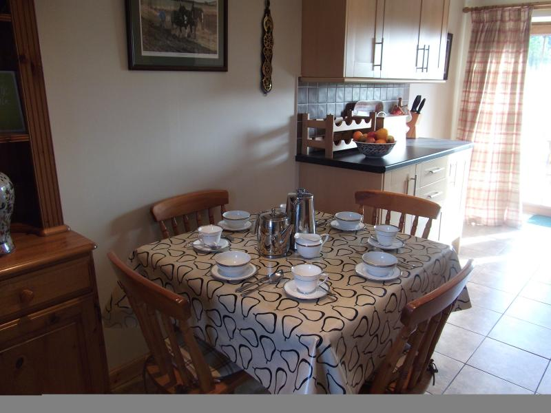 Ploughmans Cottage Bright & Cosy Kitchen