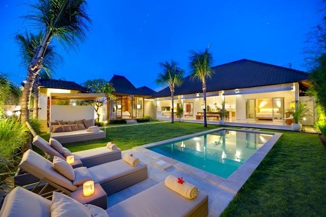 Sahana Villas (Melati) Seminyak - 3BR pool villas, holiday rental in Seminyak