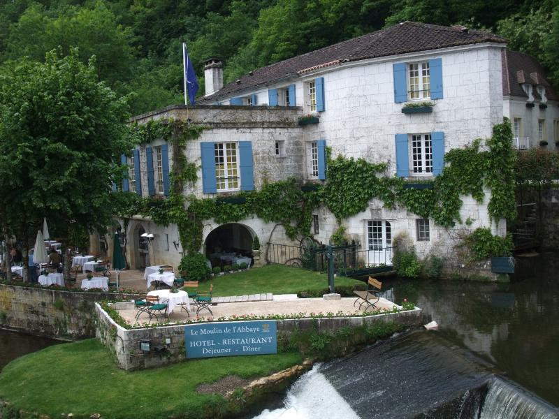 Restaurant by river at Brantome