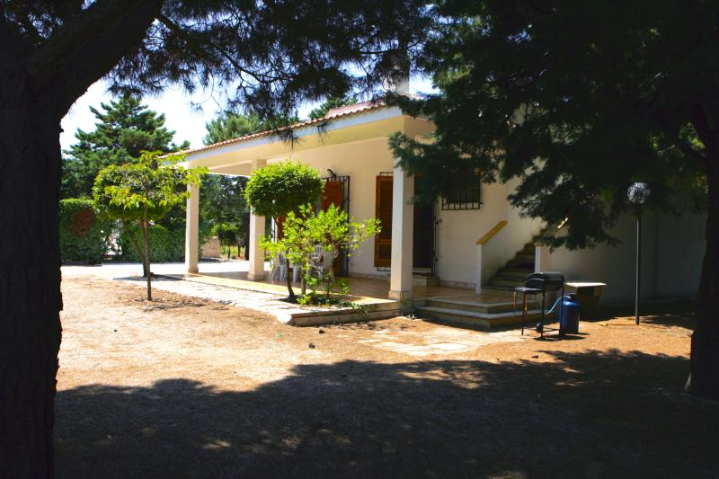 Villa Karina, holiday rental in Serranova