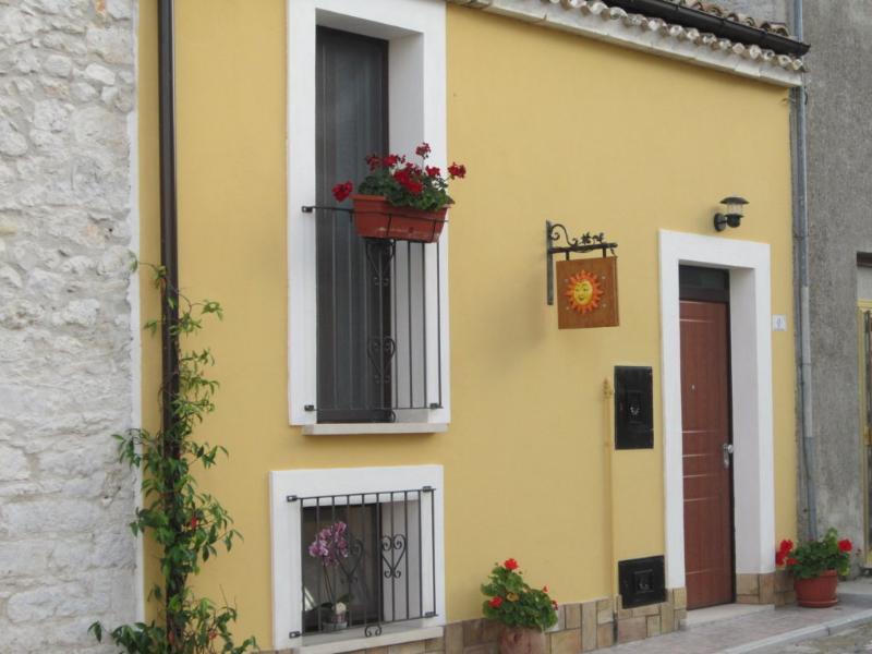 Casa vacanze Il Sole e la Luna - App. La Luna, vacation rental in Province of Chieti