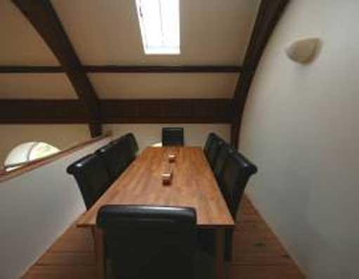 Dining table (10)
