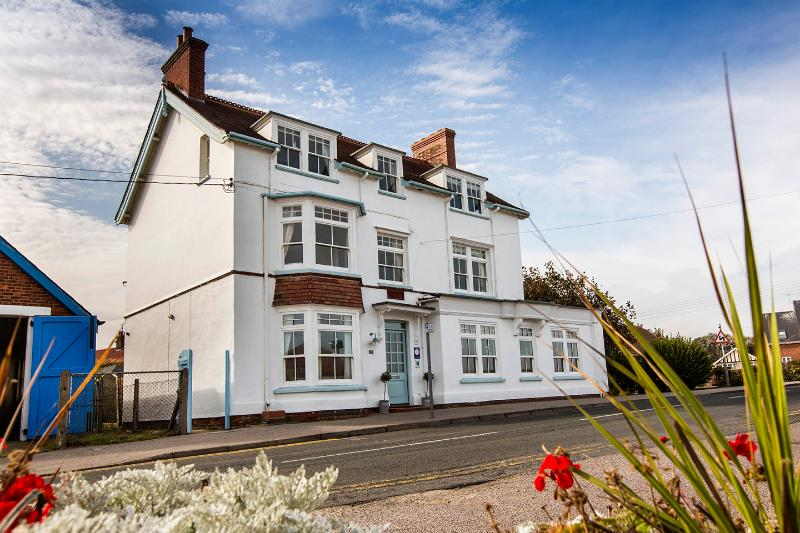 Beach House. Four rooms at the front have fabulous sea views