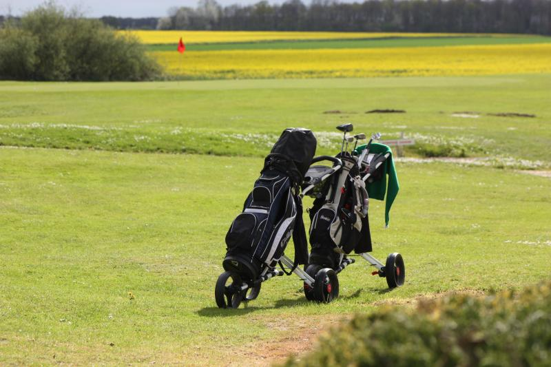 opportunity to play golf on site
