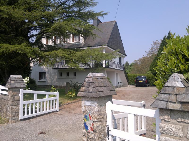 Chanticoq, location de vacances à Plougoumelen
