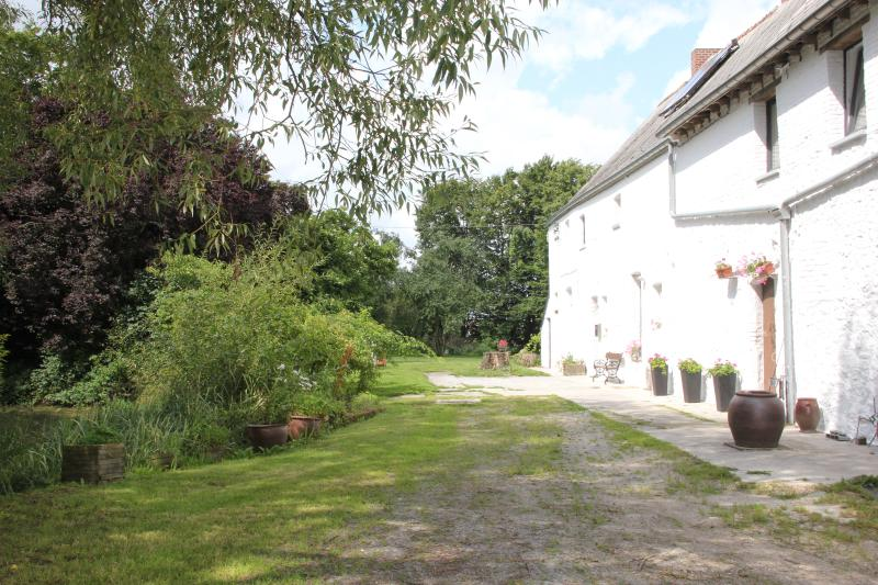 Enclave de Vire, holiday rental in Cerfontaine
