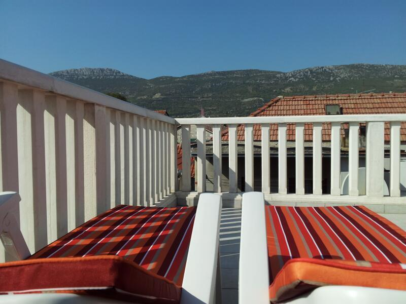 2 Sun Loungers on Large Roof Terrace with Panoramic view of mountains or enjoy Star Gazing at night