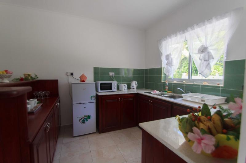 Coco Blanche Garden View Villa - fully equipped kitchenette