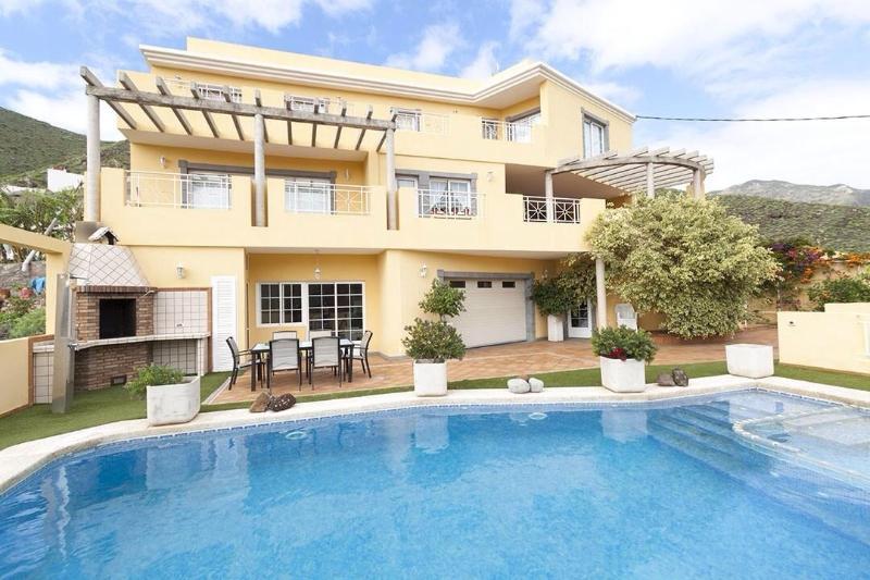 Apartamento San Andrés, S/C de Tenerife, piscina privada, aire acondicionado, aluguéis de temporada em Tenerife
