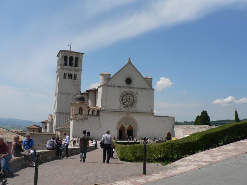 Basilica superiore in Assisi (30 min. by car)