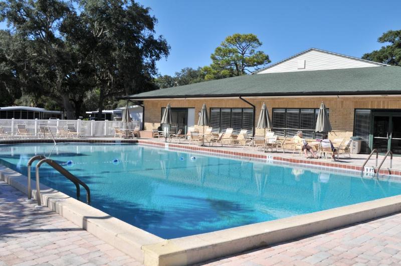 Club House Pool 1